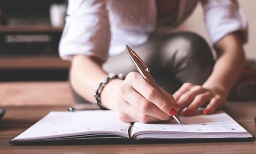 Menjadi penulis