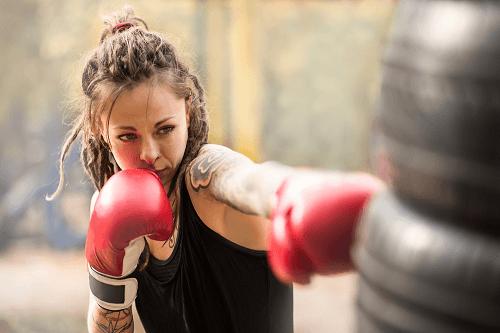 turunkan berat badan dengan kick boxing
